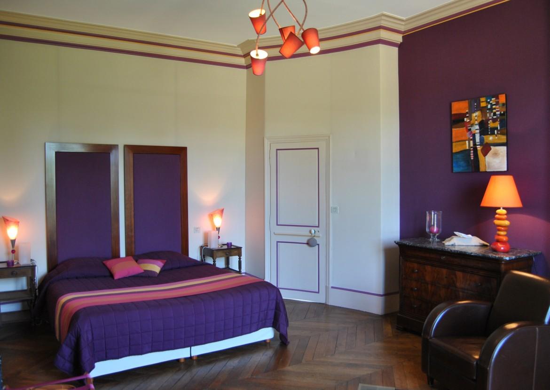 Chambre Contemporaine - Château La Touanne - Chambres confortables ...